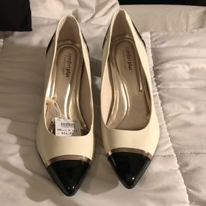 NWT- Cream, black, pewter pumps 8.5